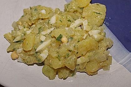 Schwäbischer Kartoffelsalat 65
