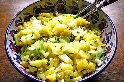 Schwäbischer Kartoffelsalat 16