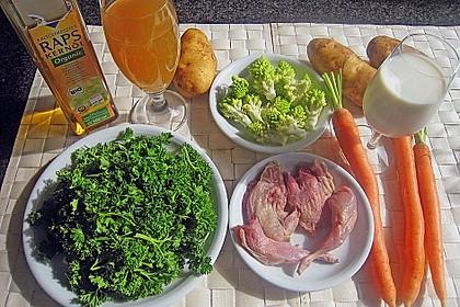 Wachtel an Petersilien - Kartoffelcreme mit Möhren und Romanesco 4