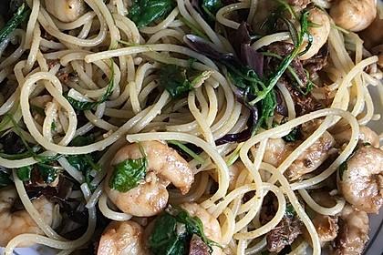 Spaghettini mit Garnelen und Rucola