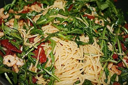 Spaghettini mit Garnelen und Rucola 5