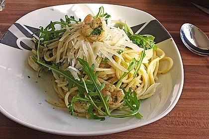 Spaghettini mit Garnelen und Rucola 7