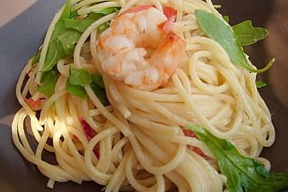 Spaghettini mit Garnelen und Rucola 8