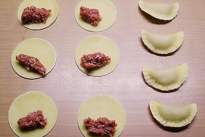 Pelmenis in Champignon - Sahne - Sauce