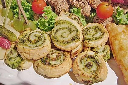 Blätterteig - Spinat - Schnecken 36