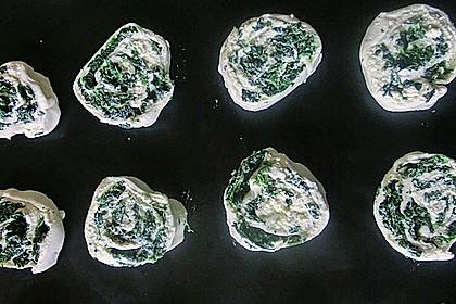 Blätterteig - Spinat - Schnecken 37