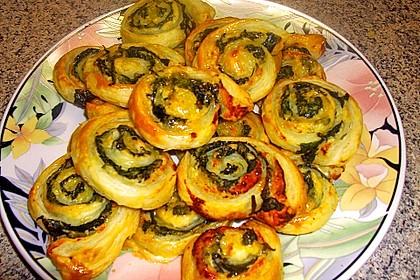 Blätterteig - Spinat - Schnecken 38