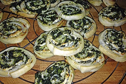 Blätterteig - Spinat - Schnecken 40