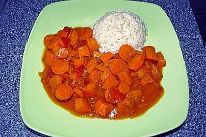 Fruchtig - pikantes Gemüsecurry mit Tomaten und Hokkaido - Kürbis 5
