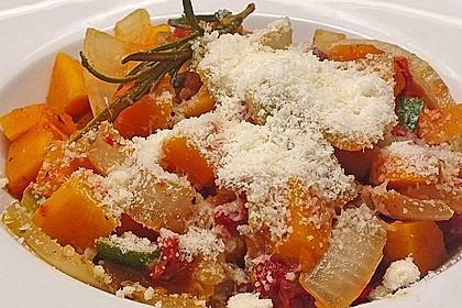 Fruchtig - pikantes Gemüsecurry mit Tomaten und Hokkaido - Kürbis 4