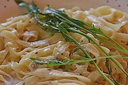 Antonios Pasta mit Gorgonzolasauce
