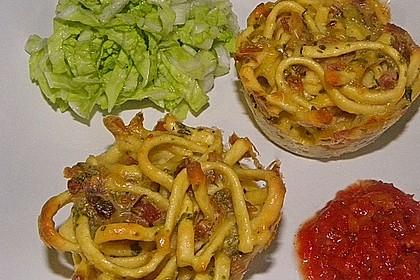 Spätzle - Muffins mit Salat 7