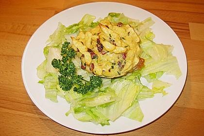 Spätzle - Muffins mit Salat 17