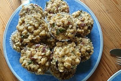 Spätzle - Muffins mit Salat 3