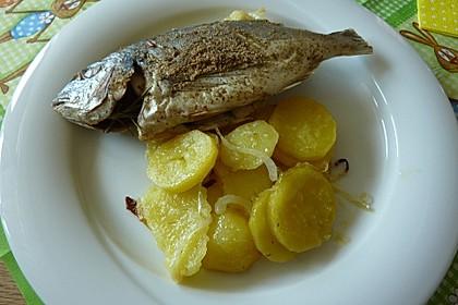 Gebackene Dorade mit scharfen Ofenkartoffeln 8
