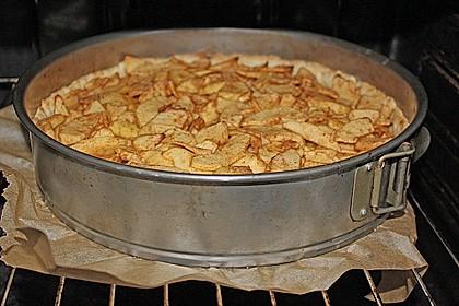 Apfelkuchen mit Walnusscreme 68