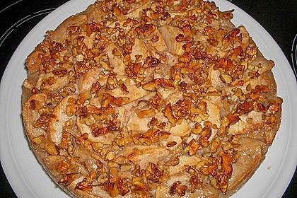 Apfelkuchen mit Walnusscreme 7
