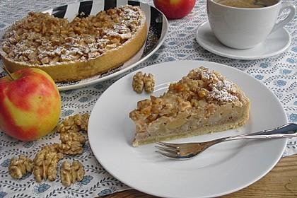 Apfelkuchen mit Walnusscreme 11