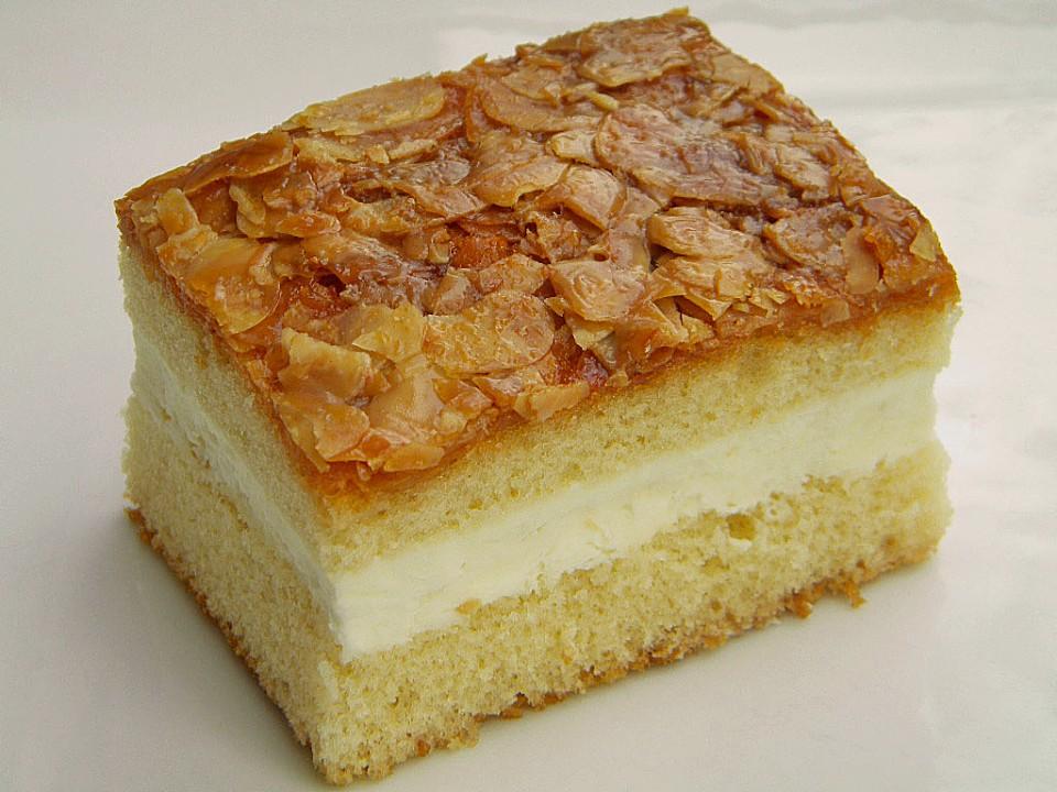 Bienenstich Cake