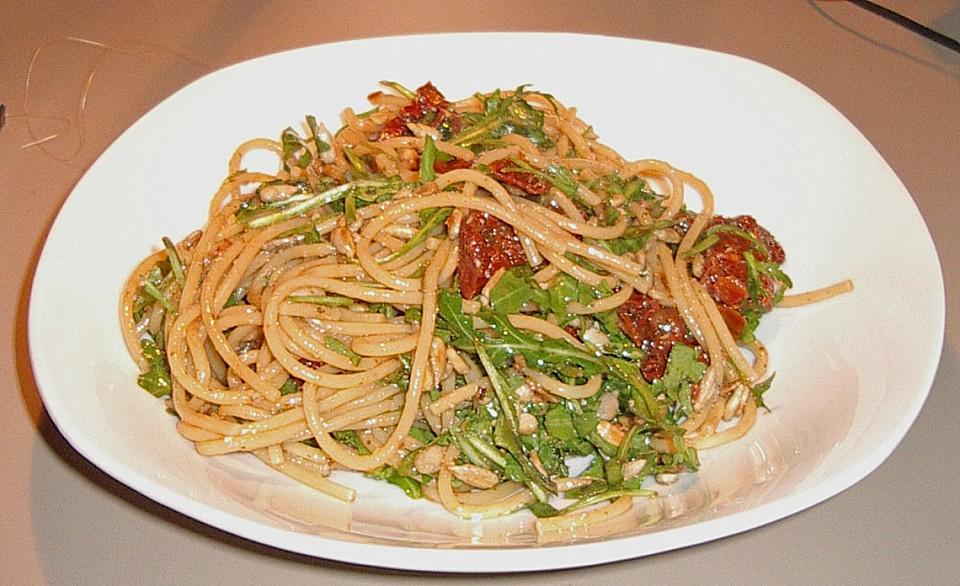 spaghetti rucola salat rezept mit bild von bostgt. Black Bedroom Furniture Sets. Home Design Ideas
