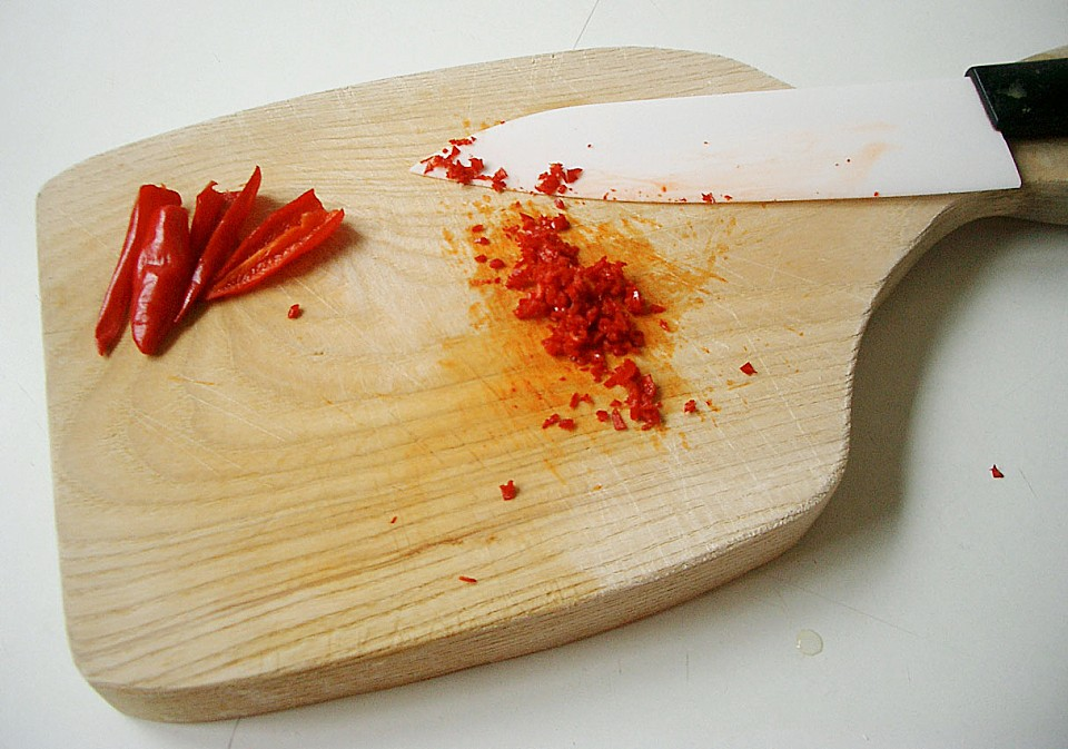 sauerkirsch schoko marmelade mit chili rezept mit bild. Black Bedroom Furniture Sets. Home Design Ideas