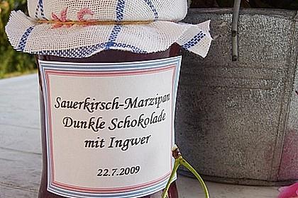 Sauerkirsch - Marzipan Konfitüre mit dunkler Schokolade 1