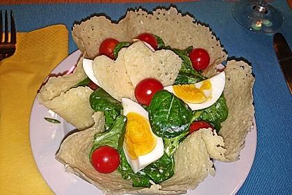 Feldsalat im Parmesankörbchen 2