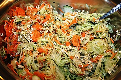 Zucchini-Reibekuchen 20