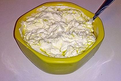 Weißkäse mit Knoblauch 1