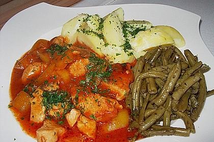Puten - Gulasch mit Paprika und Rahm 4