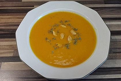 Kürbissuppe mit Ingwer und Kokos 19