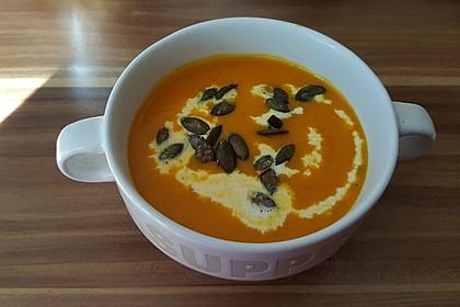 Kürbissuppe mit Ingwer und Kokos 16