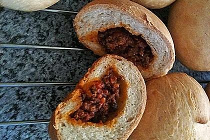 Weiche Brötchen gefüllt mit Hackfleisch 32