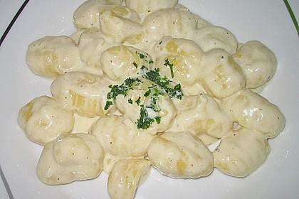 Gnocchi mit Knoblauch - Sahne - Sauce