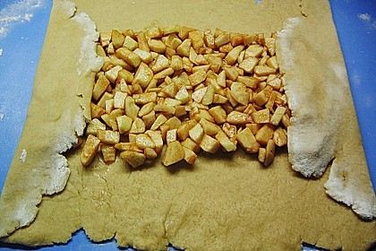 Mürber Apfelstrudel 9