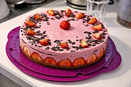 Erdbeer - Joghurt - Sahne - Torte 2