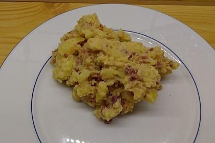 Warmer Kartoffelsalat mit Speck und Zwiebeln 3