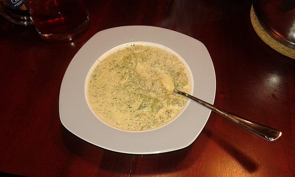 brokkoli k se suppe ein sehr sch nes rezept. Black Bedroom Furniture Sets. Home Design Ideas