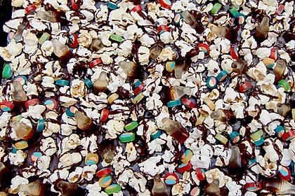 Popcorn - Cola Kuchen 8