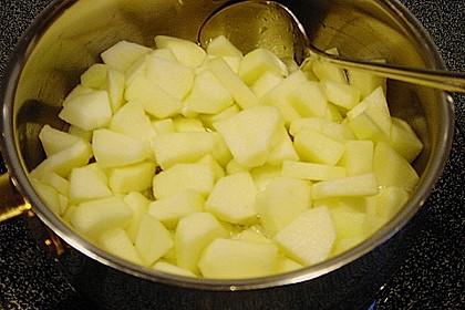 Geschichtete Apfel - Marzipan - Creme 19