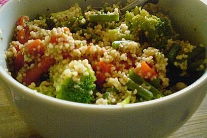 Couscous-Gemüse-Pfanne mit Rosinen 1