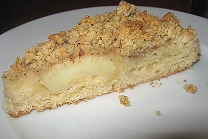 Saftiger Apfelkuchen mit Mandel - Zimt - Streuseln