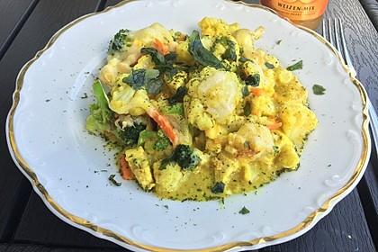 Blumenkohl in Hähnchen - Curry Soße 1