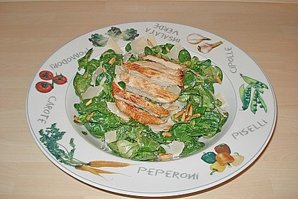 Caesar Salat mit Putenstreifen und Riesengarnelen