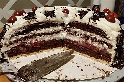 Schwarzwälder - Kirsch - Torte 123