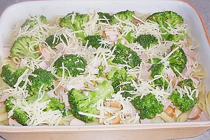 Brokkoli-Nudelauflauf 49