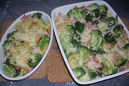 Brokkoli-Nudelauflauf 41