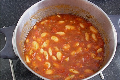 Riesenbohnen in pikanter Tomatensauce 15