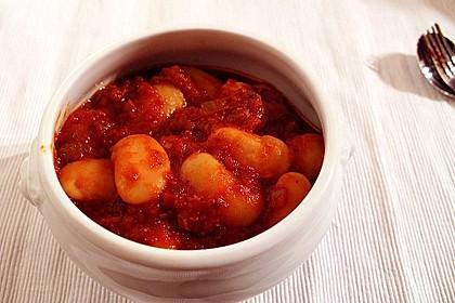 Riesenbohnen in pikanter Tomatensauce 8
