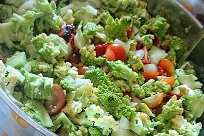 Mexikanischer Salat mit Peperoni